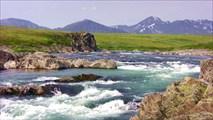 Порог на Каре, между верхним и нижним Верхне-Карскими каньонами.