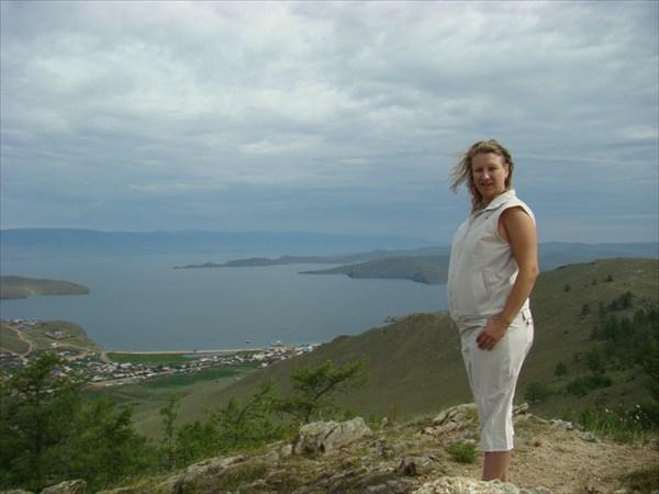 Вид на п.Сахюрта(МРС) с Волшебной горы.