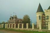 Дворец-замок Понизовкиных, пос. Красный Профинтерн