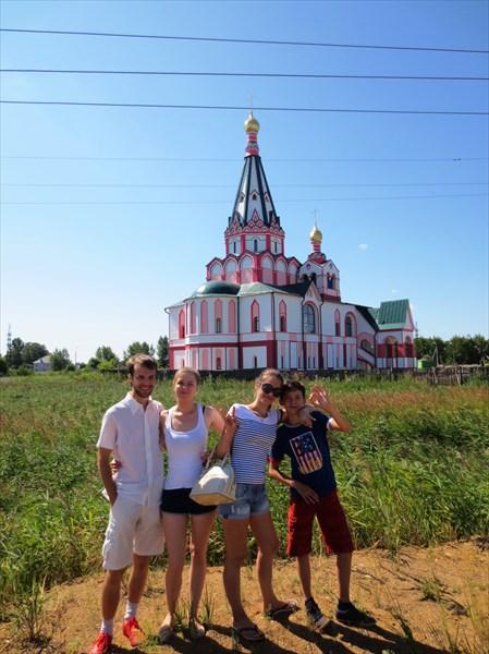 Строительство Храма Ростов Великий