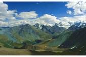 Панорама с перевала Кара-Тюрек на Белуху, Аккемское озеро и Ярлу