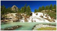 Водопад на р.Йолдо-Айры за километр от озеро Дорошколь