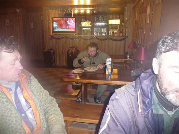 Греемся в кафе Жигулёвска