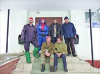 У лыжной базы ППШ