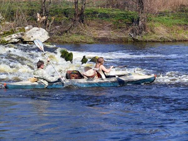 Река Судогда. Май 2009. Прокатимся по стремнине.