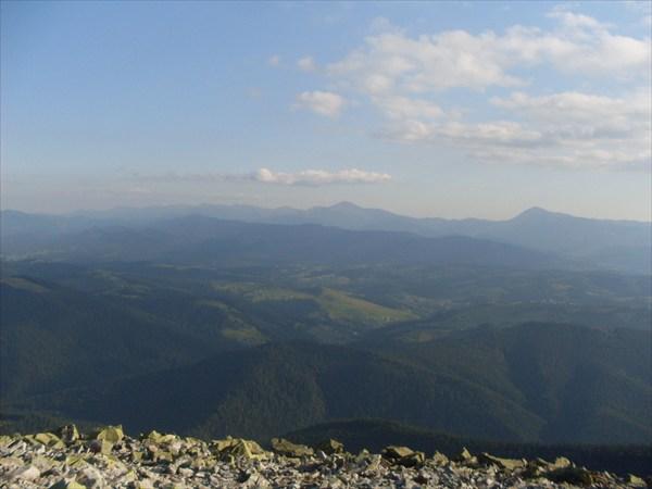 Вид с вершины г. Хомяк