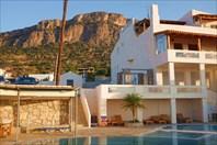 Утро в отеле Creta Suites