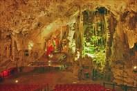 St.-Michaels-Cave-of-Gibraltar-пещера Святого Михаила