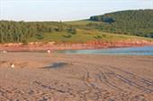 П.Беллык с песочными пляжами и сосновыми борами