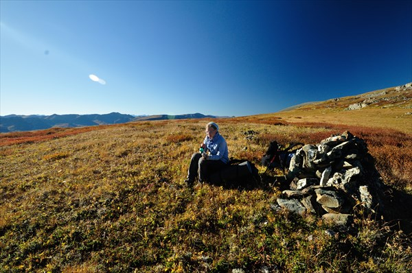 На перевале между р. Бол. Яломан и р. Кызыл-Айры