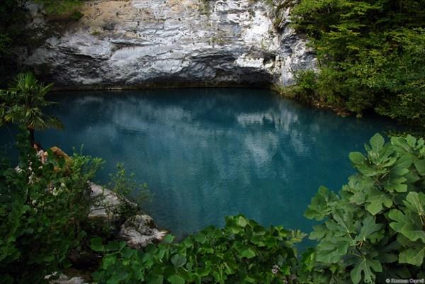 Источник Голубое Озеро