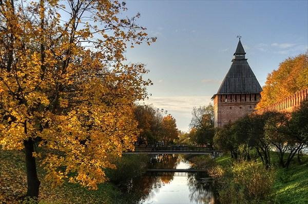 на фото: Смоленский Кремль