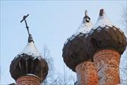 """""""Не блещут златом купола... И скошен набок крест.."""""""