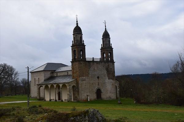 Церквушка в посёлке Отеро де Санабрия