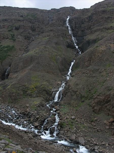 Первый левый приток Бунисяка. Не меньше 150м