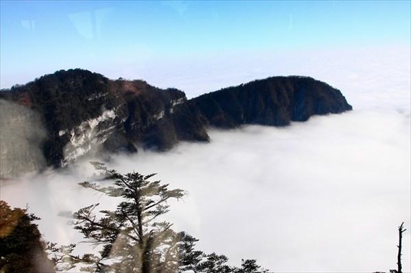 Хотите быть выше облаков? Побывайте на Эмейшани!