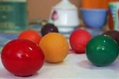 Разноцетные яйца