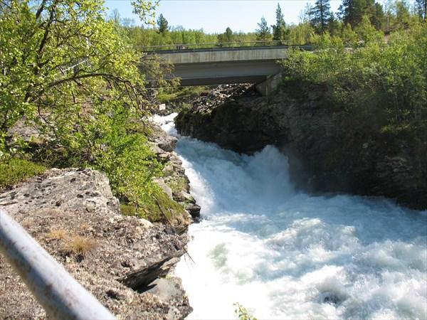 Первый норвежский водопад