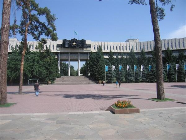 Мемориал в парке 28 героев-панфиловцев