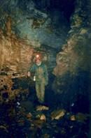 Влад Болгов в пещере Кабаний Провал