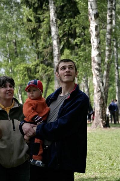 Дима Маслов с дитём