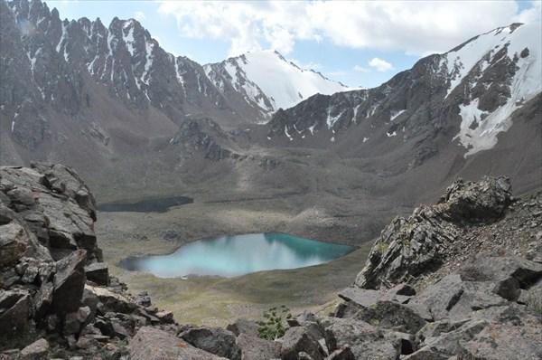 Озера под перевалом Кумбель Западный