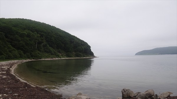 Пляж на бухте Южная