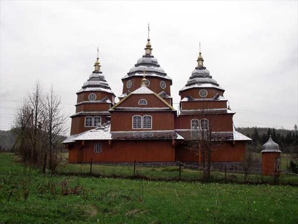 Церковь в селе Климец