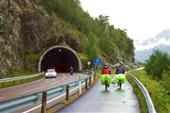 Норвегия. Велодорожки в объезд тоннелей.
