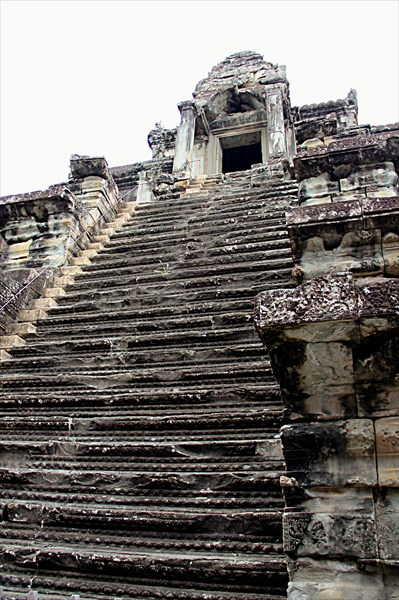 301-Ангкор-Ват