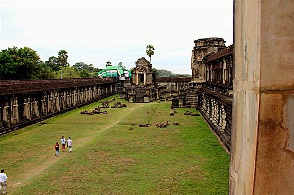 304-Ангкор-Ват