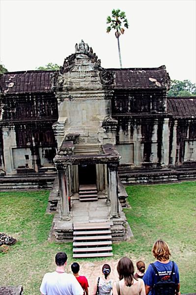 305-Ангкор-Ват