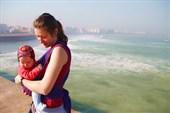 «Мама, будь аккуратна, а то купаться еще рано!»