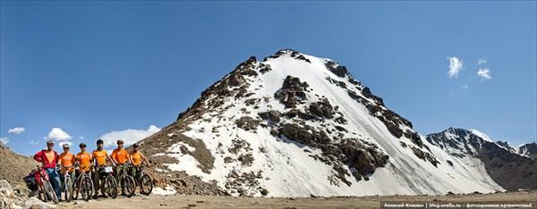 Наша группа на перевале Тосор