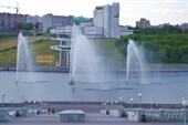 Живописный комплекс фонтанов в заливе