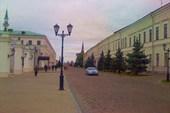 Внутри стен кремля