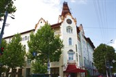 Дом Хренникова