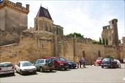 Соборная площадь в Юзесе