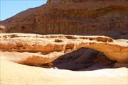 Вади Рам / Wadi Rum, каменные мосты или арки выветриванияя
