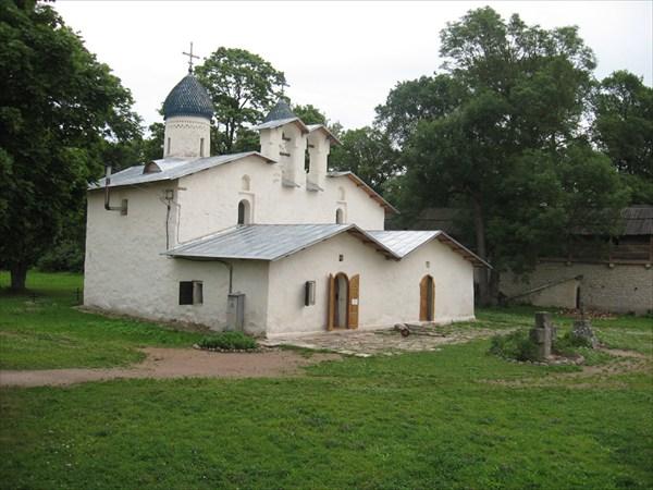 Самая древняя церковь Пскова