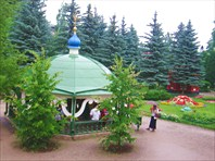 Псково-Печорский монастырь. Святой источник