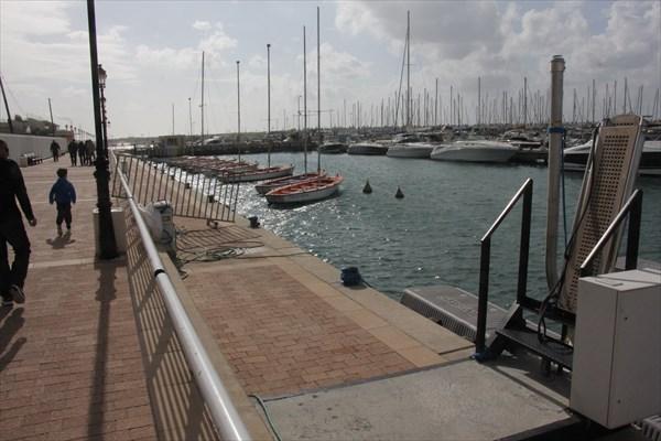 087-Яхт-клуб