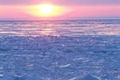 Рассвет в царстве льда