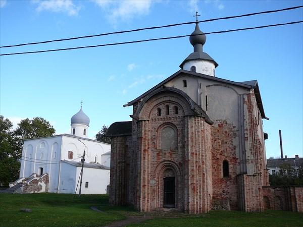 Ярославово дворище. Церковь Параскевы на Торгу