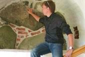В стенах древнего храма