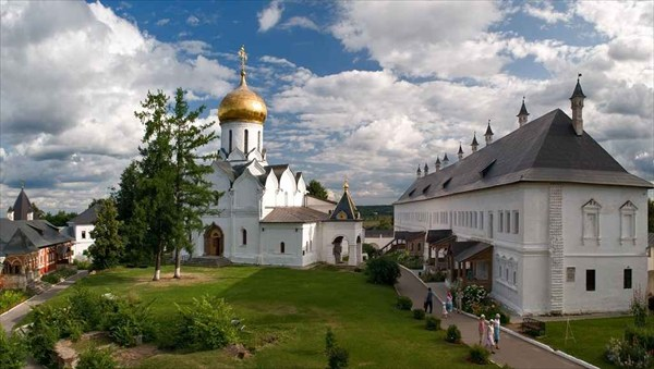 Успенский собор и Царский палаты