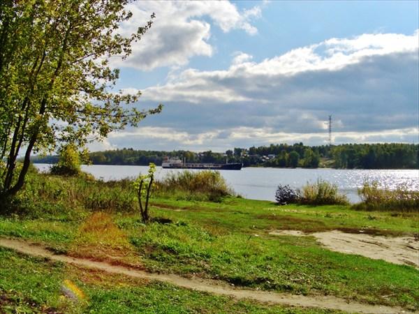 Волга в Толге.
