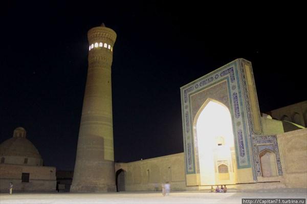 Minaret-Kalyan-notchyu
