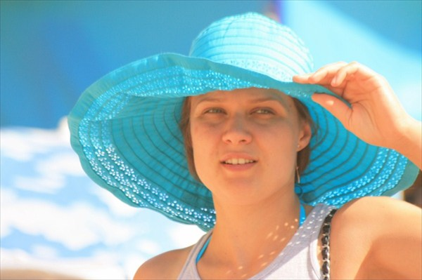"""""""Девушка в голубой шляпе"""""""