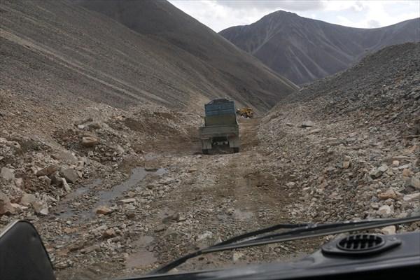 Спуск с Солдатского перевала